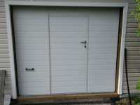 Ворота гаражные подъёмно-секционные DoorHan серии RSD02 в Стрельне