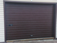 Ворота гаражные подъёмно-секционные DoorHan RSD01 в Белоострове