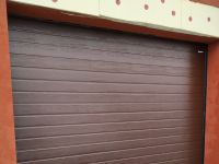Ворота гаражные подъёмно-секционные DoorHan RSD01 в ДНТ Поляны