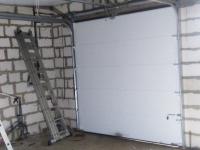 Ворота гаражные подъёмно-секционные DoorHan RSD02 в Луговом