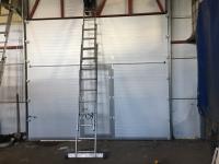 Гаражные подъёмно-секционные ворота DoorHan RSD02 в Мурино