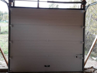 Гаражные подъёмно-секционные ворота DoorHan RSD02 в Петровском