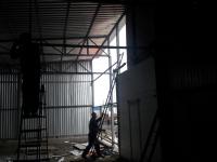 Промышленные подъёмно-секционные ворота в Металлострое