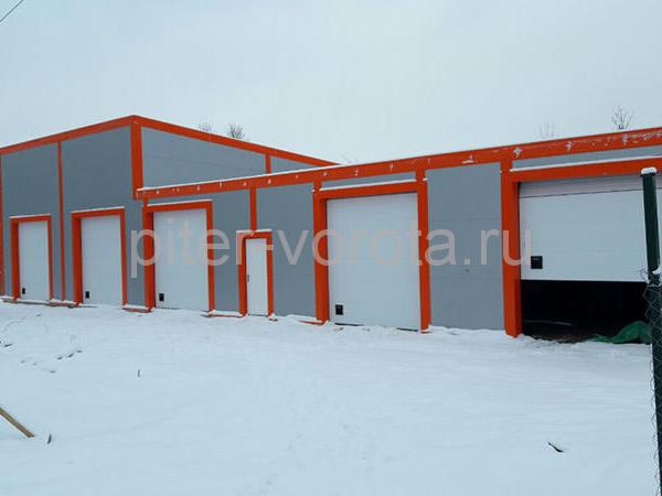 Промышленные подъёмно-секционные ворота в п. Мурино