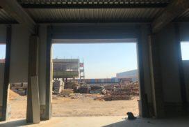 Промышленные подъёмно-секционные ворота Alutech ProPlus в Шушарах, фото 4