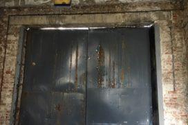 Промышленные подъёмно-секционные ворота Alutech Protrend в Приветнинском, фото 14