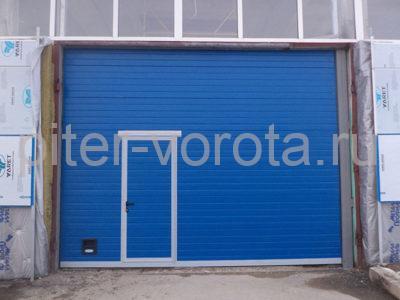 Промышленные секционные ворота DoorHan ISD01 3000 х 6000