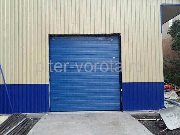 Промышленные подъёмно-секционные ворота на Лиговском проспекте