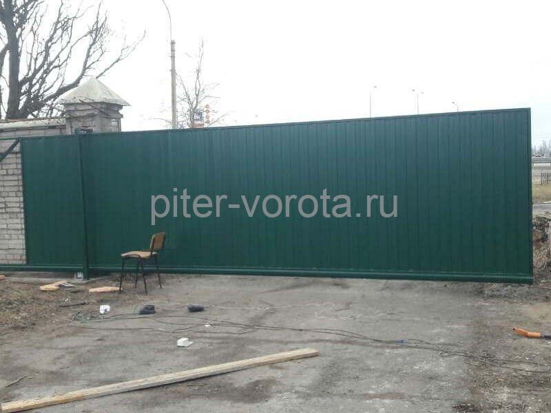 Уличные откатные ворота на Левашовском шоссе