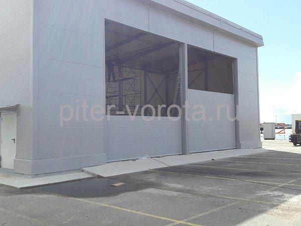 Промышленные подъёмно-секционные ворота в п. Усть-Луга