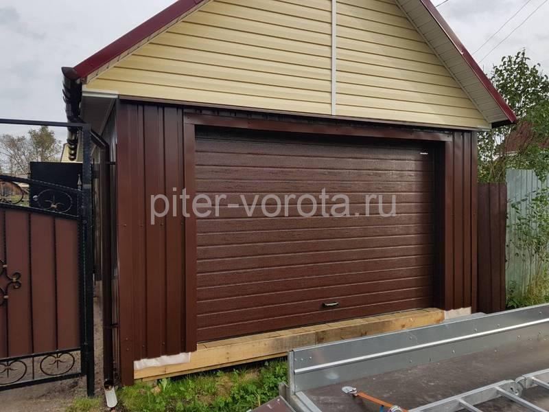 Гаражные подъёмно-секционные ворота Doorhan RSD01 в Любани