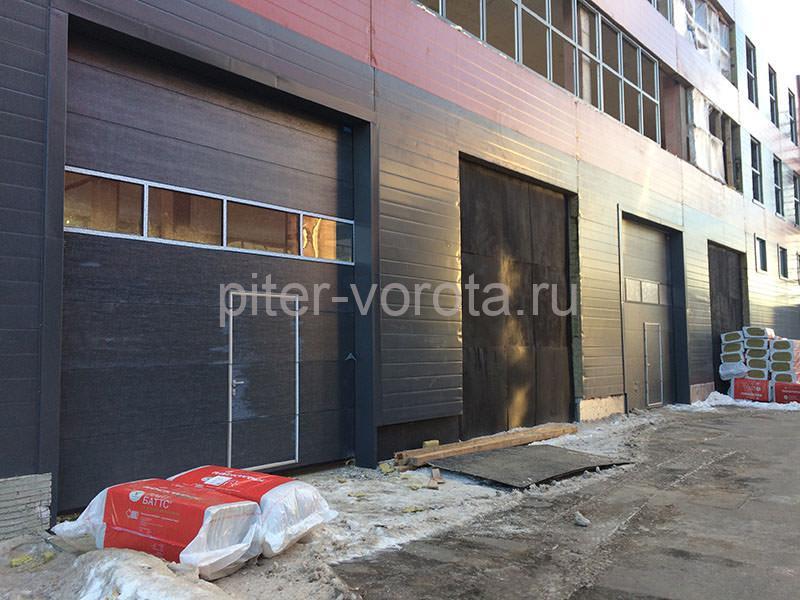 Промышленные подъёмно-секционные ворота в Бугровском
